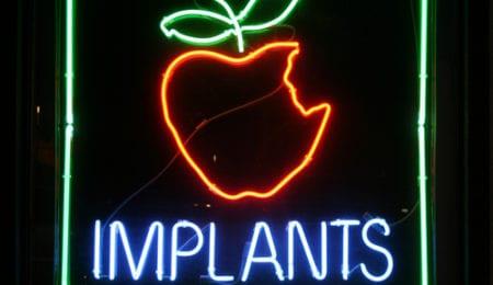 How Alcohol Impacts Dental Implant Surgeries