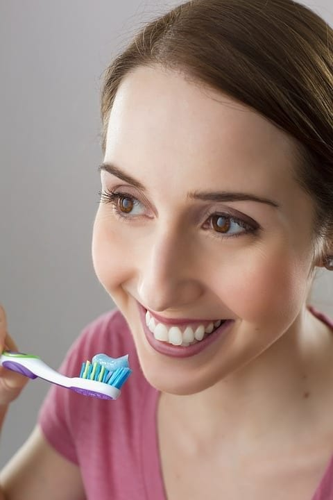 9 Mistakes When Brushing Your Teeth