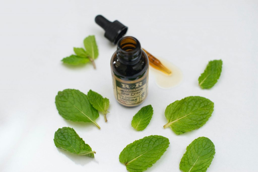 Natural Mouthwashes for Bad Breath